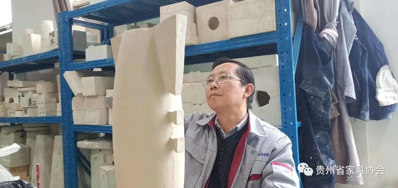 张肃:一辈子与陶泥对话的艺术大师